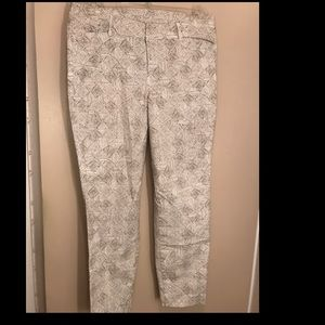 OldNavy Pixie Pant Dark Brown dotted Pants size 10